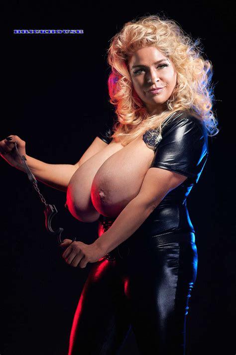 Beth Smith Nude